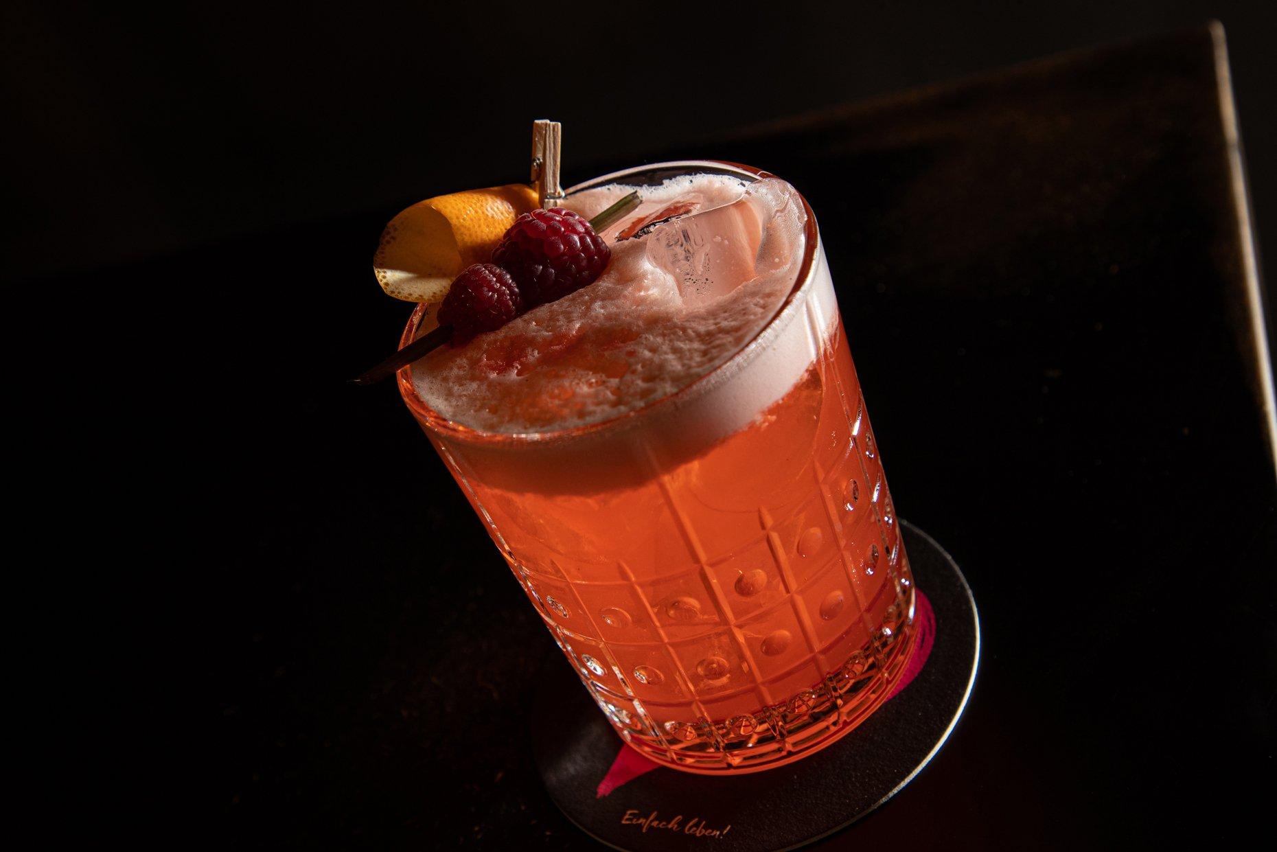 Cocktails Slide 4